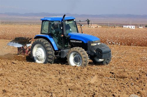 旱作玉米耕作技术操作标准